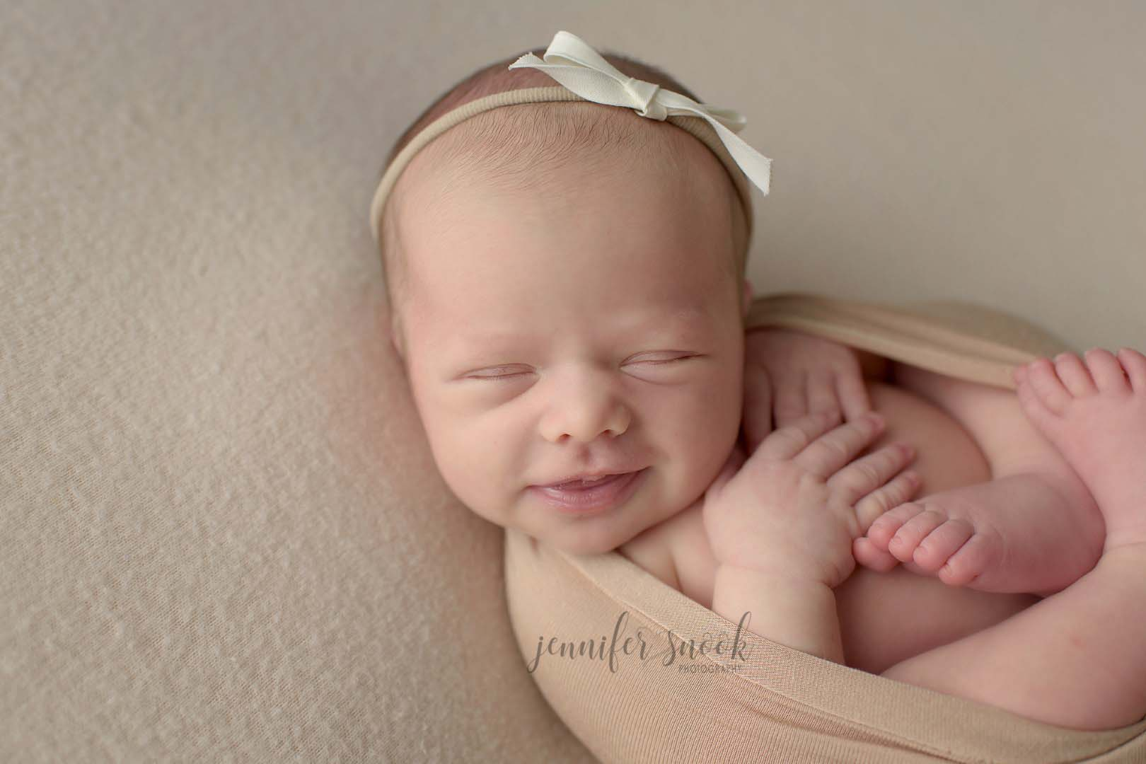 professional newborn photographer in atlanta